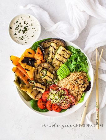Roasted-Vegetable-Quinoa-Bowl-with-Lemon-Tahini-Dressing
