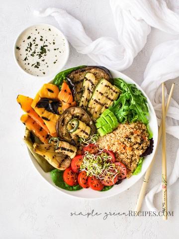 Roasted-Vegetable-Quinoa-Bowl-with-Lemon-Tahini-Dressing