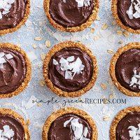 Vegan Chocolate Mousse Oat Cups