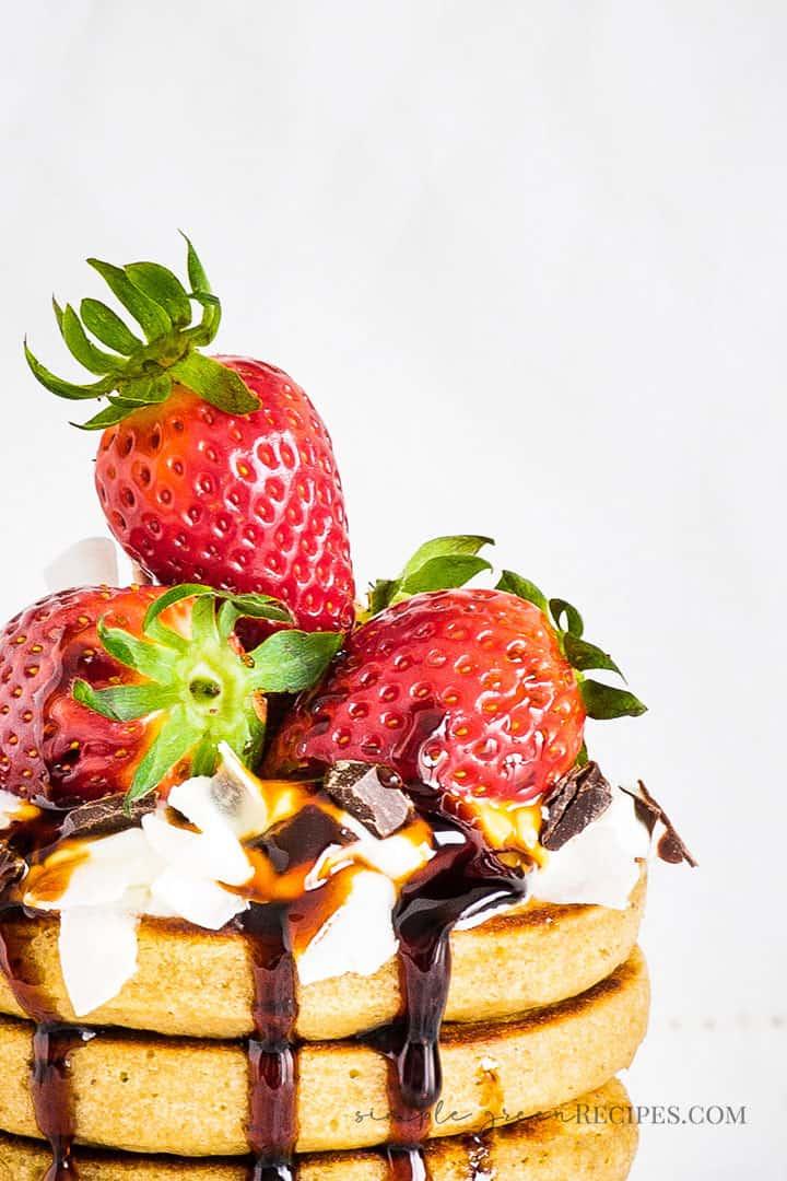 Easy Vegan Gluten-free Oat Banana Pancakes