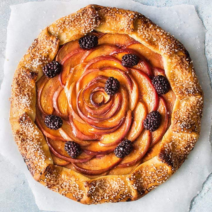 Vegan Peach Galette (vegan, gluten-free & refined sugar-free)