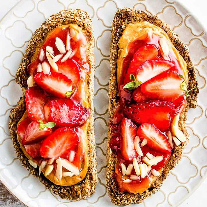 Peanut Butter Strawberry Toasts (vegan/gluten-free)