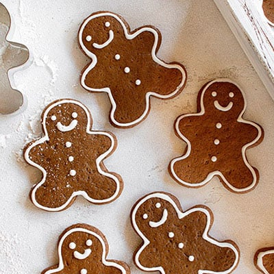 five gingerbread man cookies